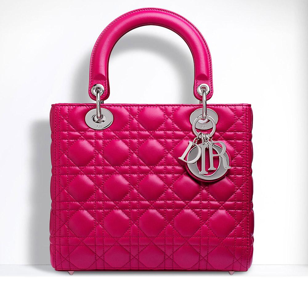 فوشية ماركة ديور pink dior