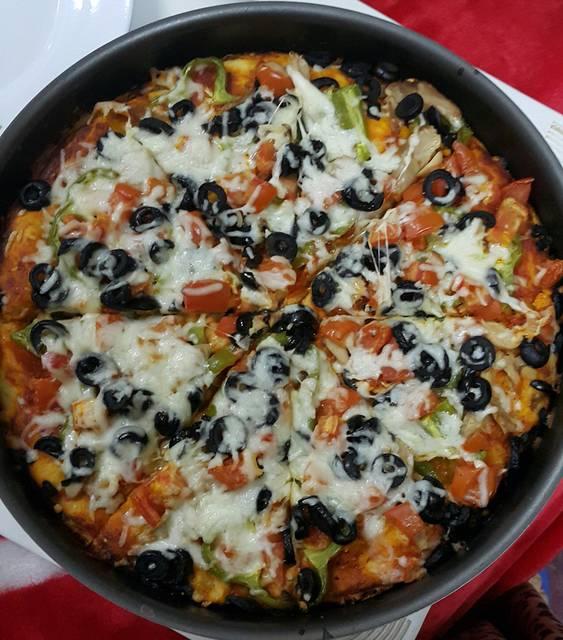 طريقة تحضير البيزا الايطالية المميزة