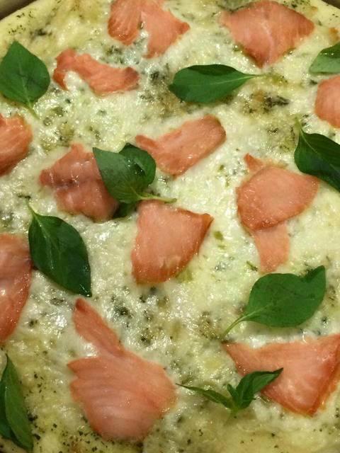 طريقة تحضير بيتزا السيمون فيميه