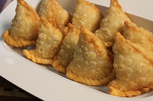 طريقة تحضير السمبوسة الهندية بالجبنة