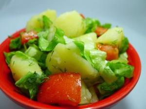 طريقة تحضير سلطة البطاطا المسلوقة