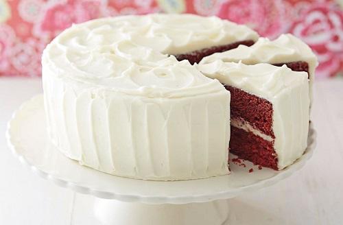 طريقة تحضير الكيكة المخملية بكريمة