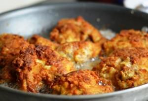 افخاذ دجاج بالجبن البارميزان مقلية