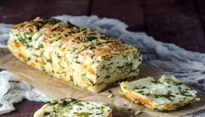 بالثوم الجبن بيتزا منال العالم