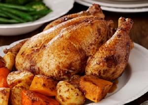 دجاج مشوي بالفرن منال العالم