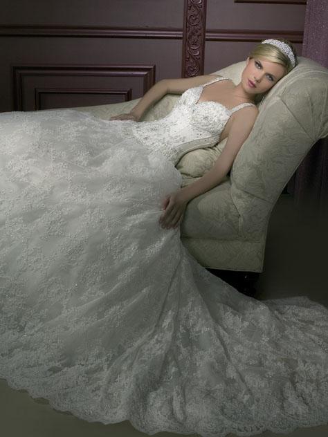 فساتين زفاف رخيصة الثمن